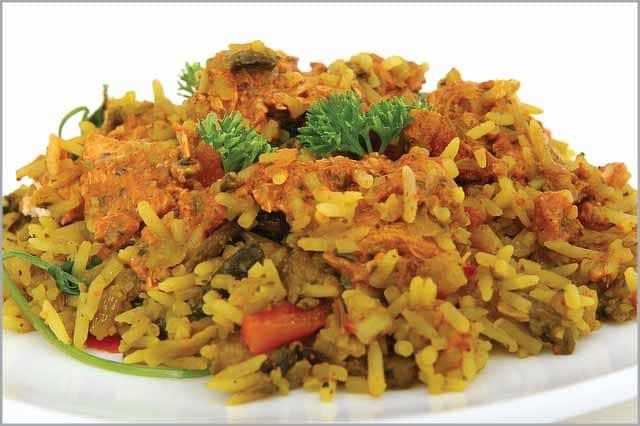 الأرز البنى مع العدس والخضار من الاكلات يحبها الاطفال بعمر سنتين كما أنها عظيمة الفائدة