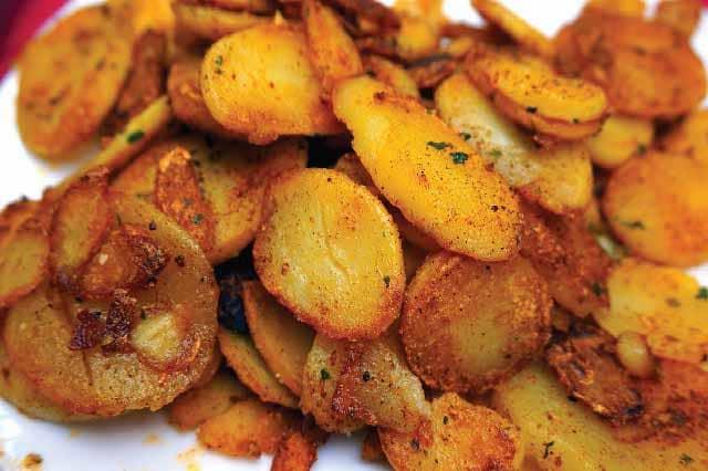 البطاطس المعدة منزلياً من الاكلات المحببة للأطفال
