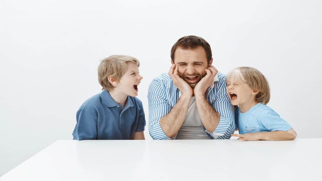 كيف أتعامل مع أطفالي المزعجين؟ | فهم الدافع كلمة السر!